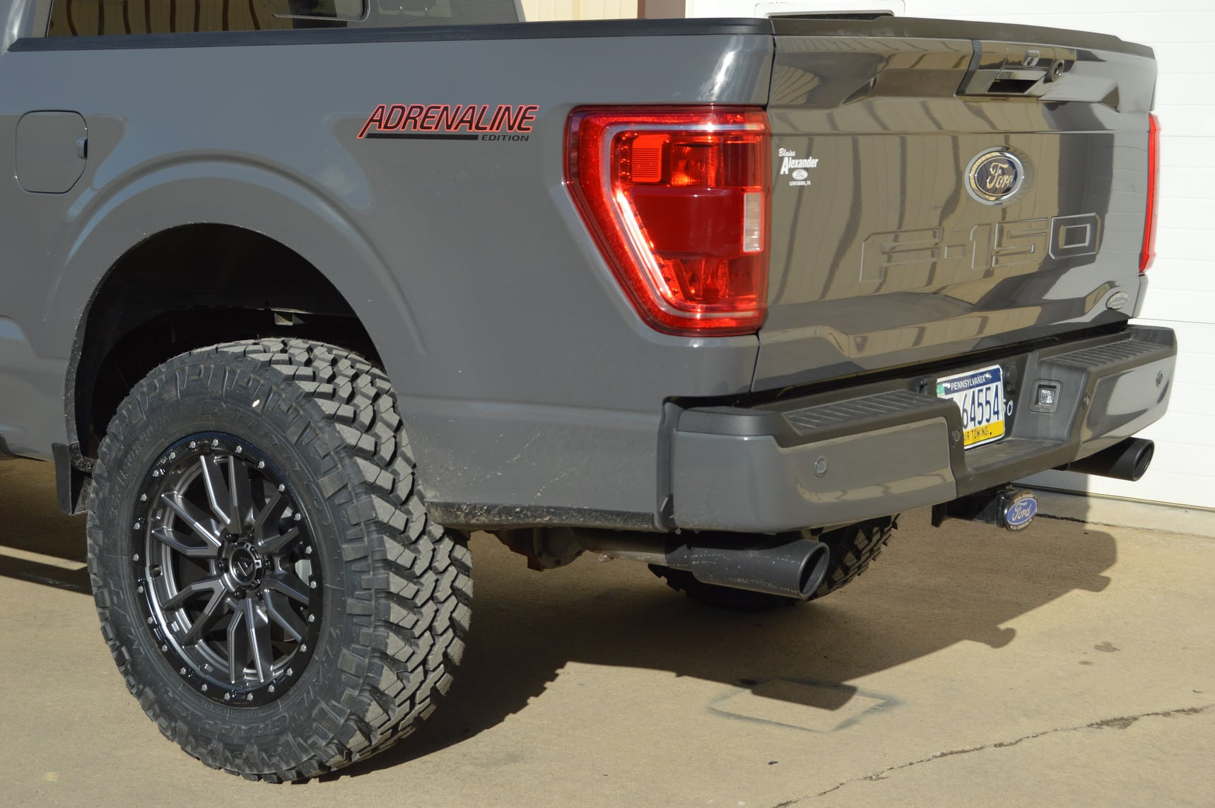 2021 F-150 3%22 Rough Country lift, 20%22 Fuel Off-Road Wheels, 35%22 Nitto Trail Grapplers, d...jpg