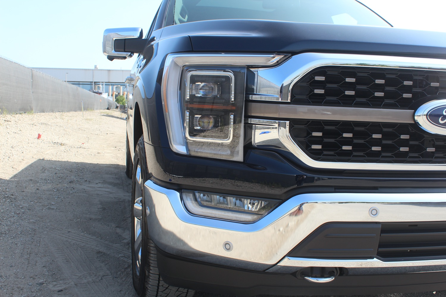 2021-Ford-F-150-King-Ranch-SuperCrew-Production-Begins-at-Dearborn-Truck-Plant-Exterior-048-fr...jpg
