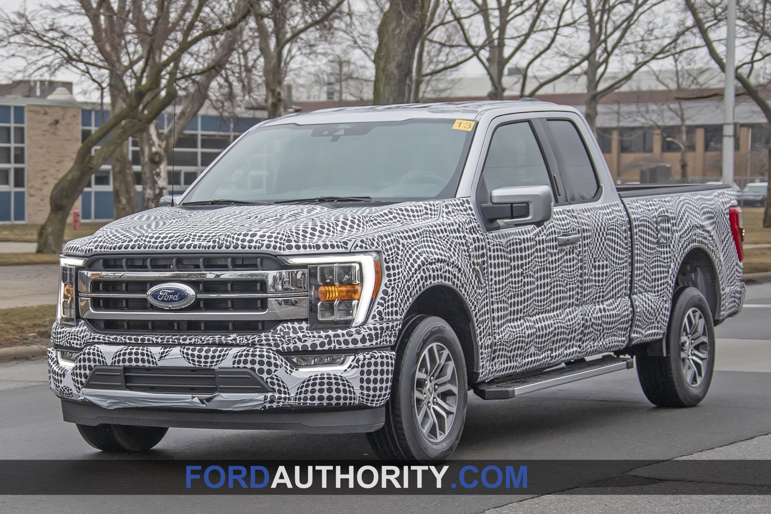 2013 F150 Headlights >> Spotted: Lariat or XLT 2021 F150? | 2021+ Ford F-150 Forum ...